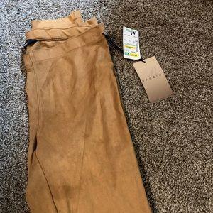 Suede skinny pants